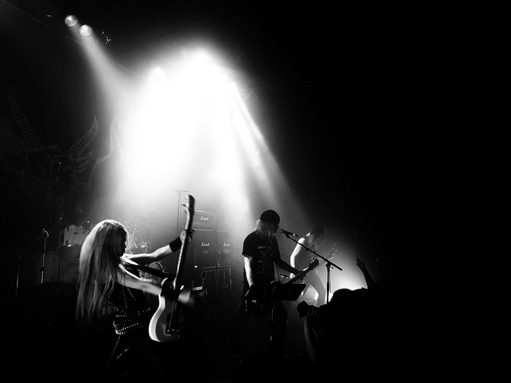 Tom G. Warrior spielt mit Triumpf Of Death endlich wieder Hellhammer